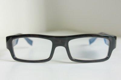 Kamera akiniuose